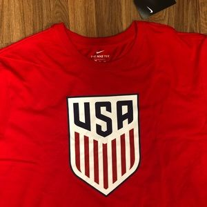 ⚽️ NWT USA Soccer The Nike Tee Men's Size 2XL